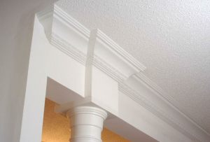 1Patterned-crown-moulding-pic